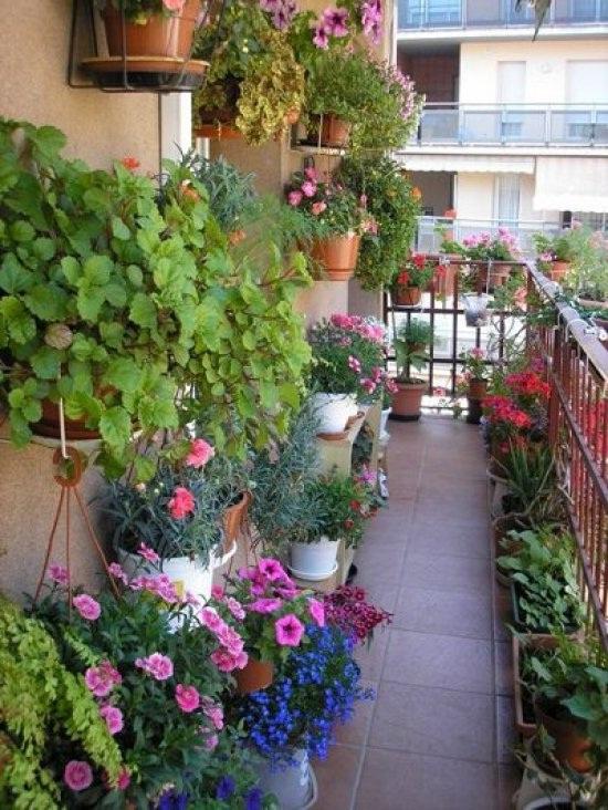 Интерьер на балконе своими руками